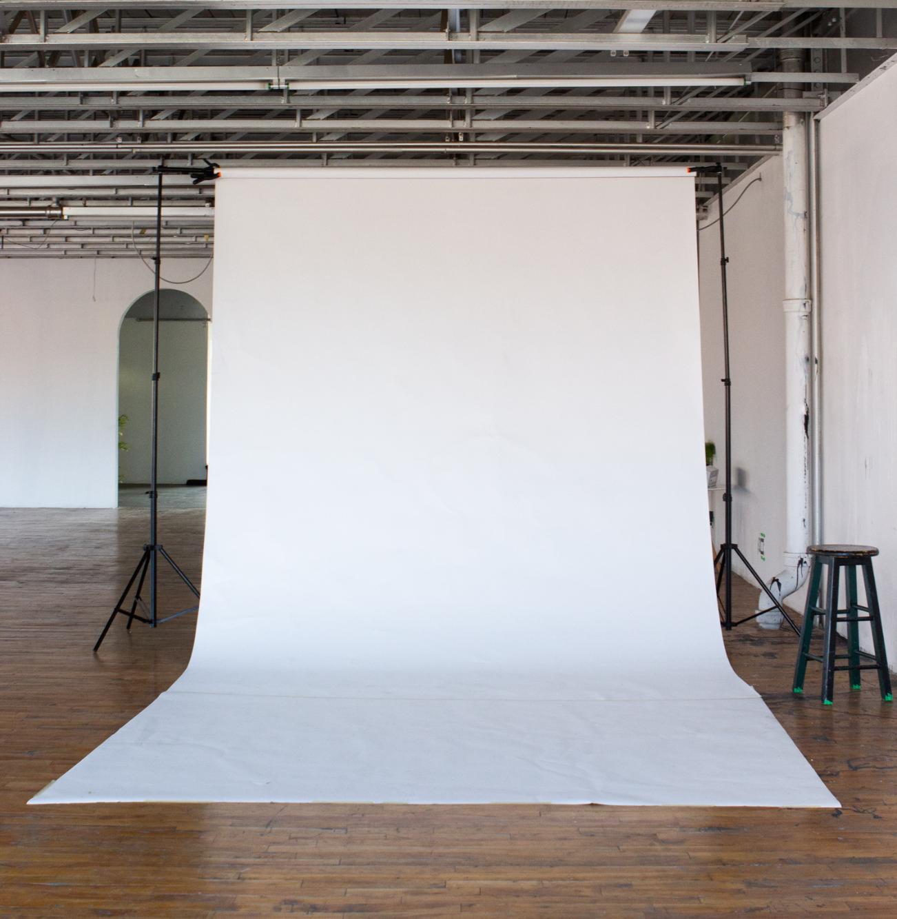 Rent the Photo studio, Production studio Montreal and Events rental Montreal.